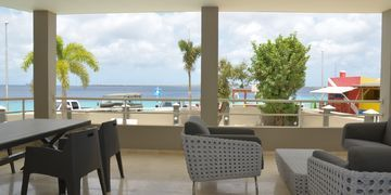 Seaside Suite 1